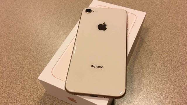 iPhone 8 Gold de 256GB Factory