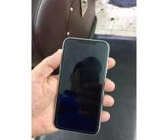 Iphone XR 64 gb desbloqueado 27,500 negociable