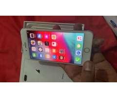 iPhone 8 Plus desbloqueado de fábrica