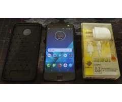 Motorola Moto Z2 Force / desbloqueado / 64gb memoria / 4gb RAM