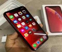 iPhone xr 128 GB factory full rojo