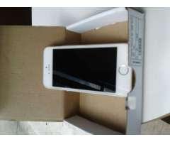 iPhone 5S Gold Rose, 16GB, desbloqueado. Condición 4 de 5.