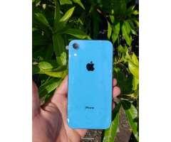 iphone XR nuevo con el plástico