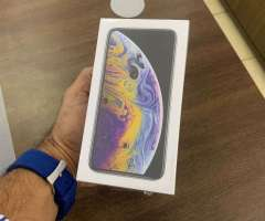 Vendo iPhone XS 64GB Silver SELLADO!!, Desbloqueado, RD$ 41,995 NEG